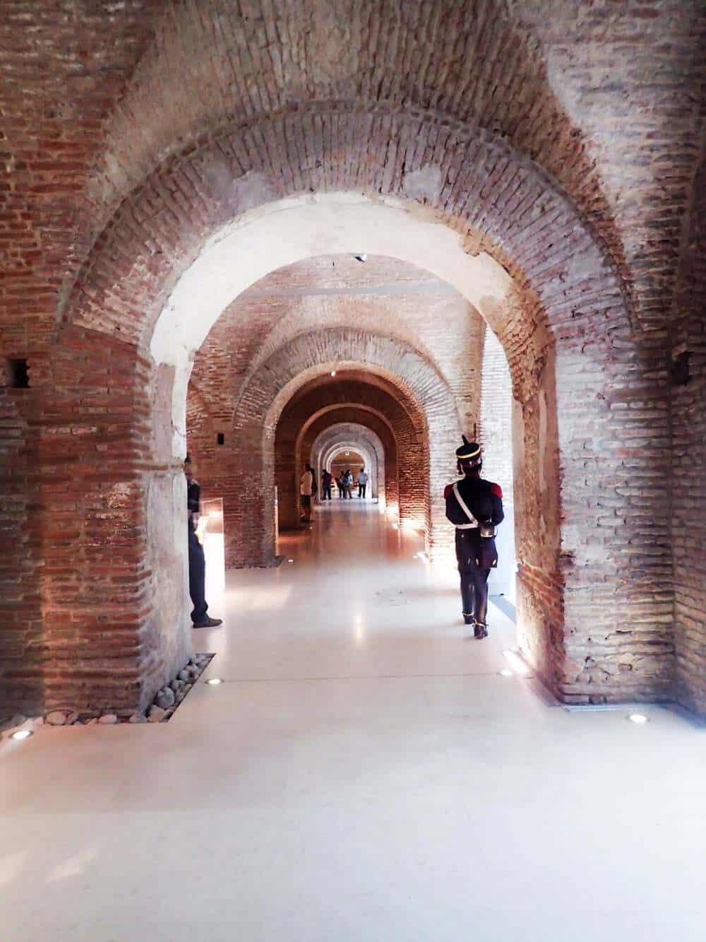 Tunnels in Museo del Bicentenario
