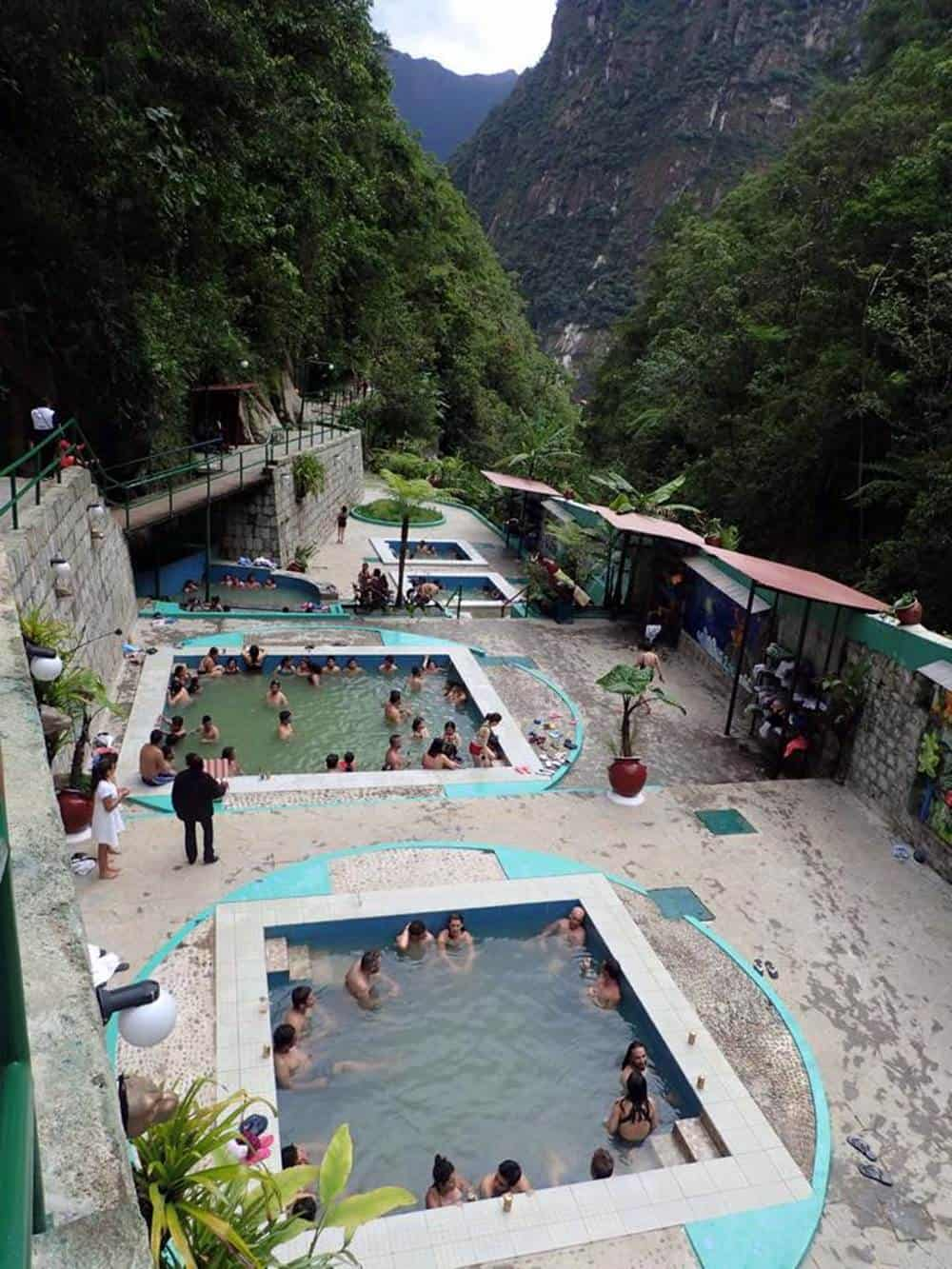 muddy aguas calientes