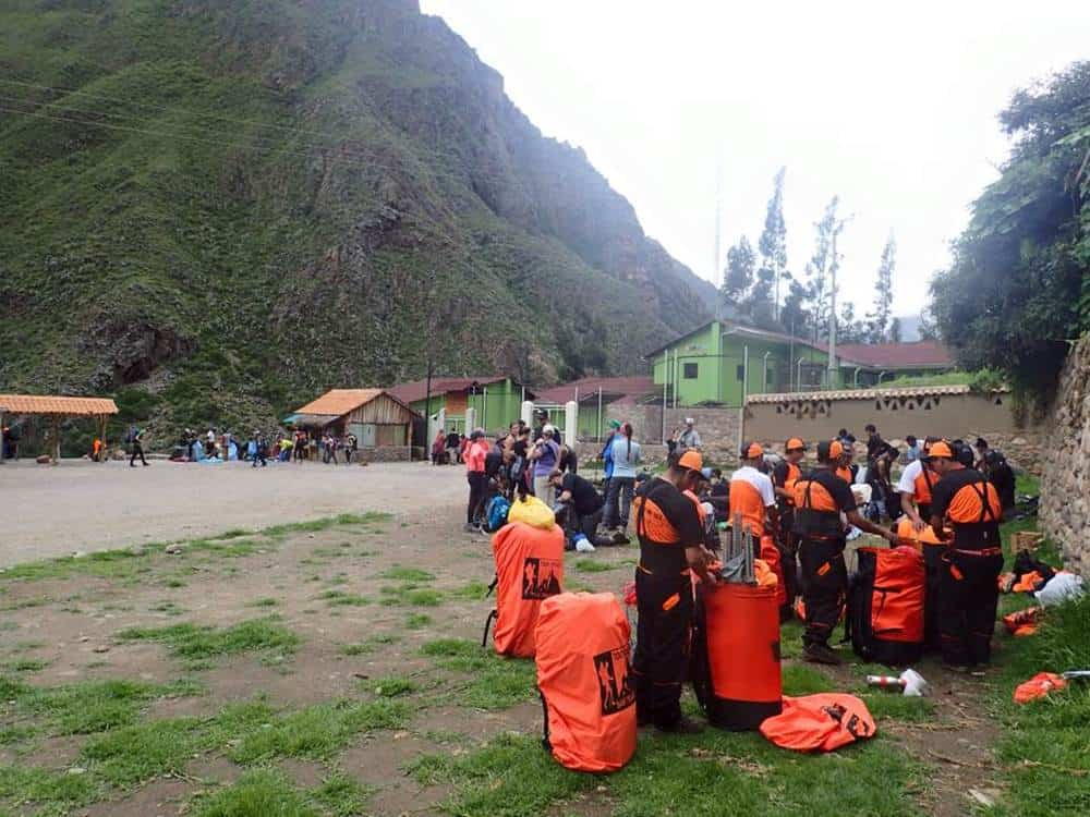 porters packing at kilometer18