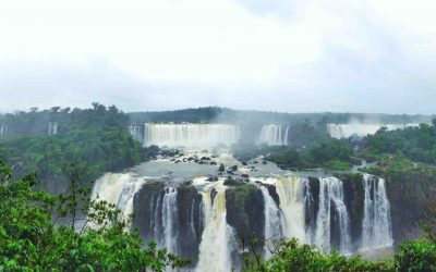 Argentina v Brazil: The Battle of Iguazu/Iguaçu Falls
