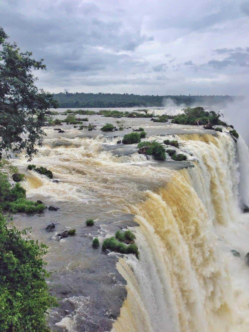 iguazo falls view