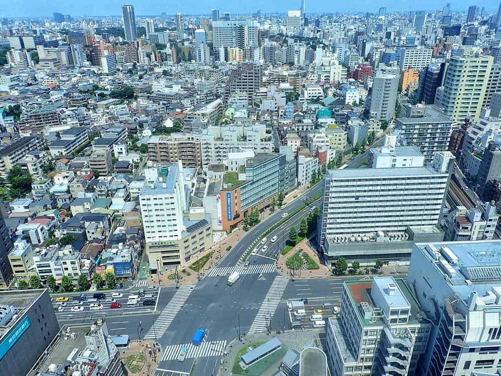 busy tokyo road