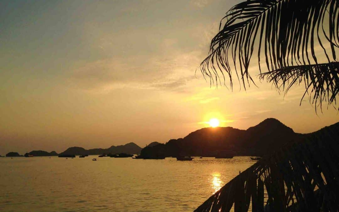 How to Get From Hanoi to Cat Ba Island – The Cheapest and Best Way