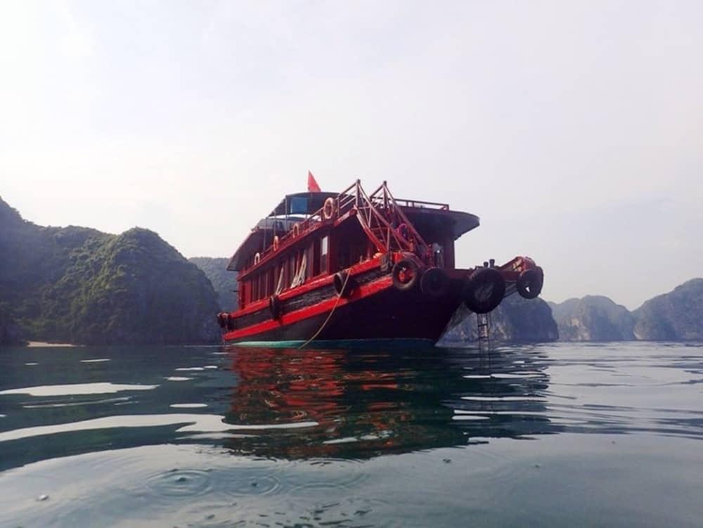 The Cat Ba Ventures Boat