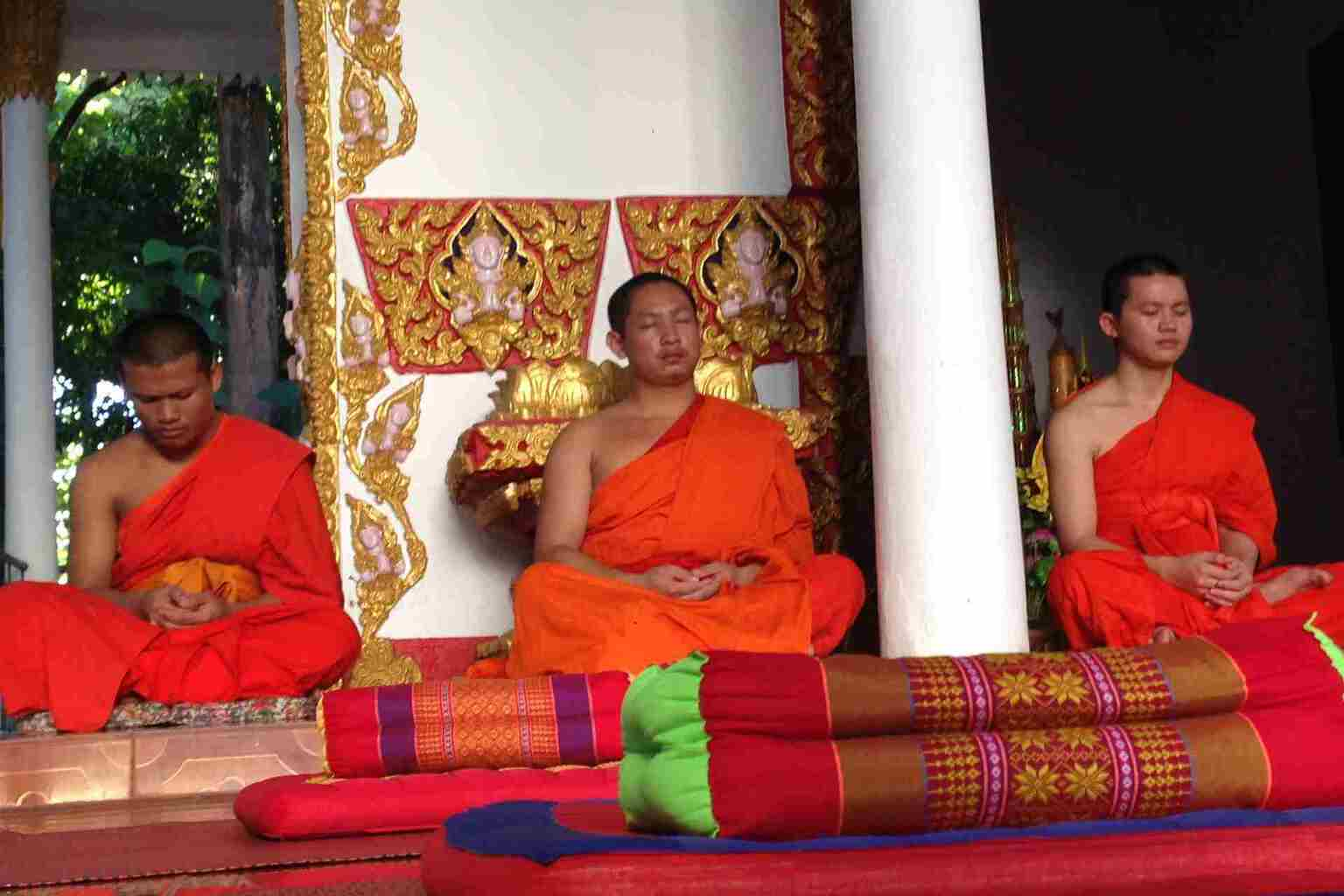 Wat Sok Pa Luang - Monks, Massage and Meditation in Vientiane