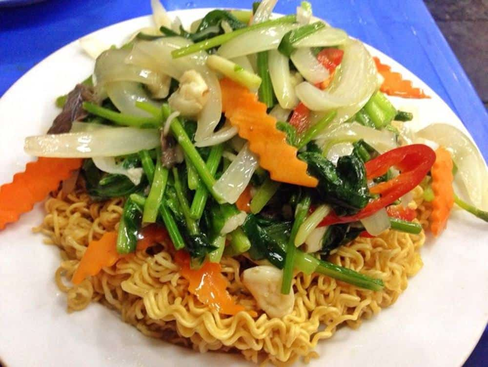plate of noodles