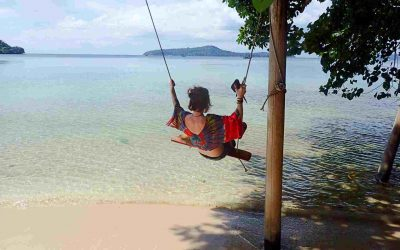 Sarah on swing on Koh Ta Kiev