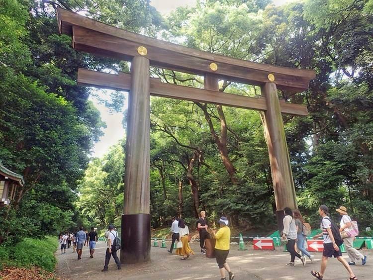 hangout spot in Japan