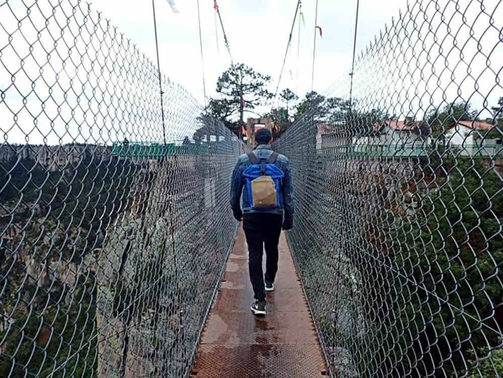 James-at-the-suspension-bridge
