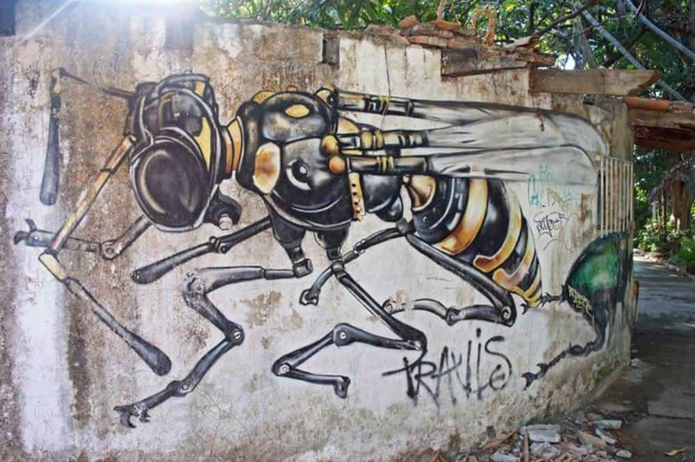 bee- mural