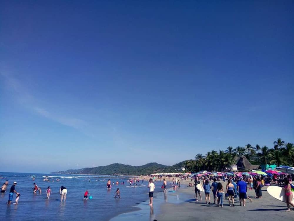 people at Sayulita beach