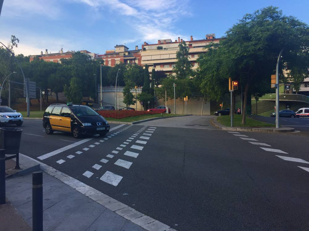 Barcelona Road Crossing to Carrer de Pere Costa