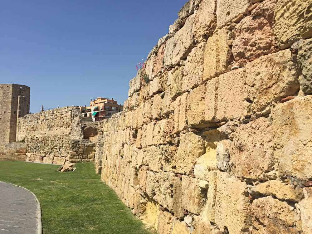 Popular things to do in Tarragona see the old walls