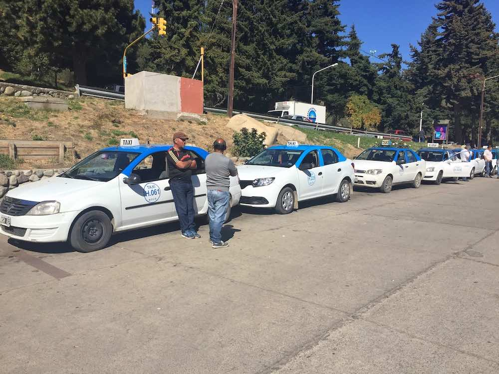 Taxi rank at Bariloche Terminal