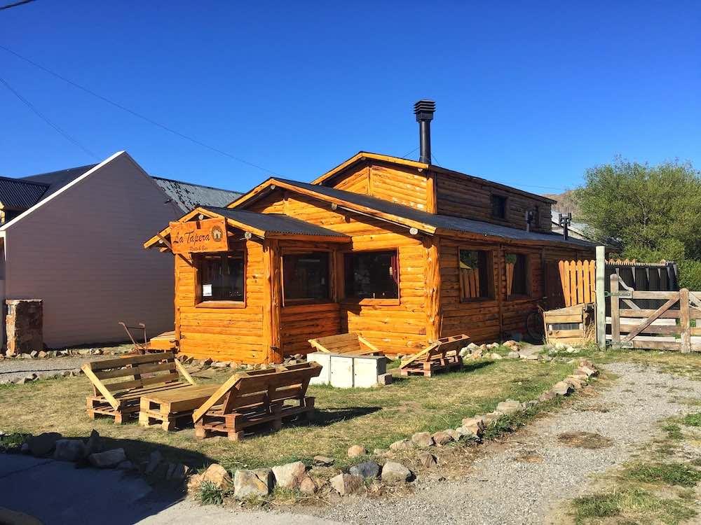 el chalten wooden house