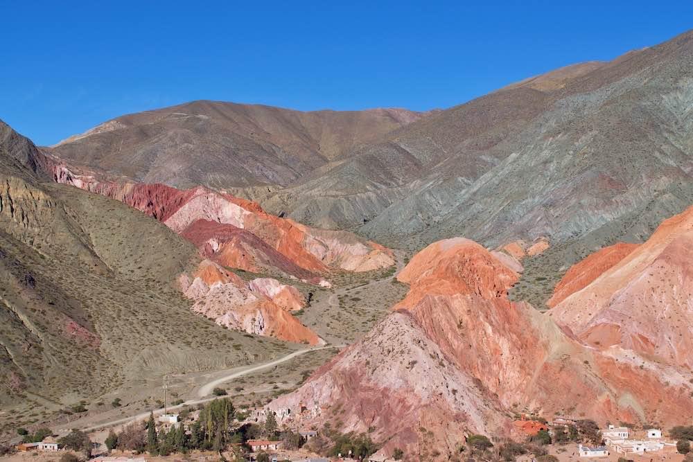 tour of cerro de los siete colores jujuy
