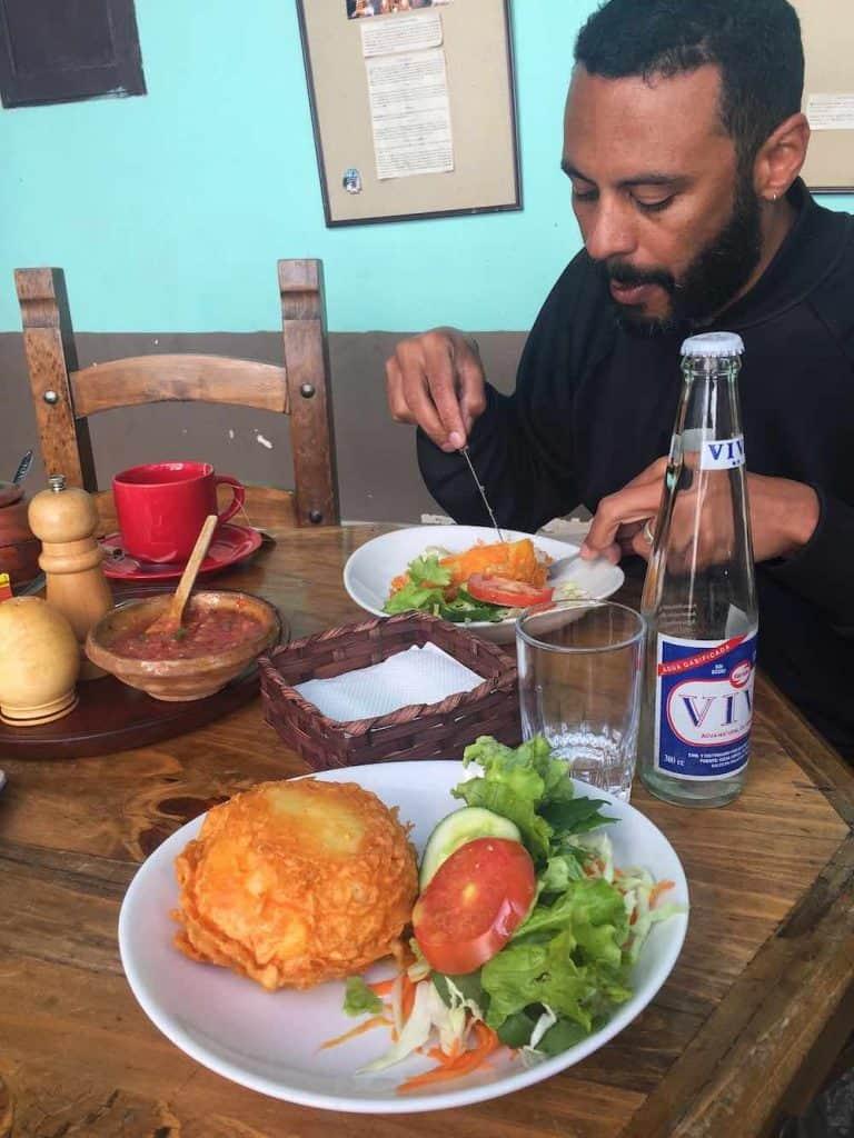 Papas Rellenos Cafe Condor
