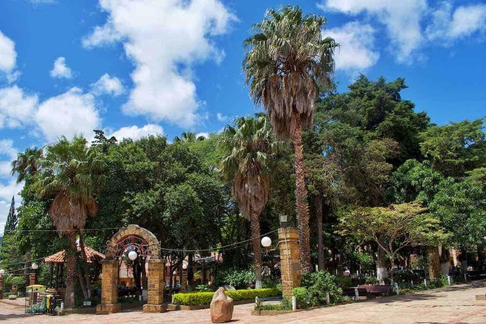 Samaipata Plaza