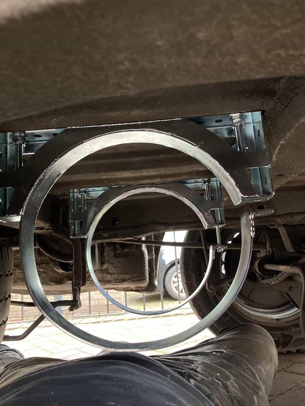 underslung gas tank brackets